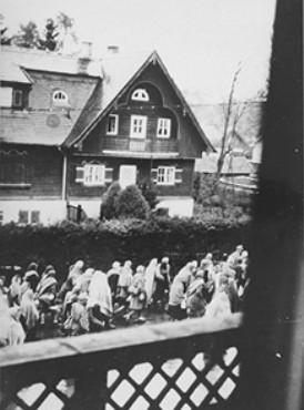 1389.4 Holocaust D